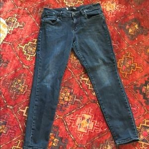 Kut from the Kloth basic skinny Jeans 8.